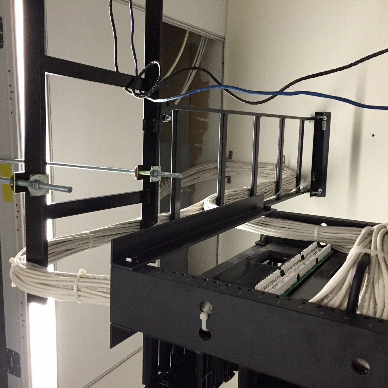 Racks Cabinets Amp Accessories Hubbell Nextframe Ladder Rack